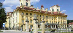 Blick auf Regierungsgebäude Eisenstadt für Anwälte