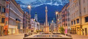 Blick auf Innsbrucker Stadt für Anwälte im Vertragsrecht