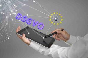DSGVO mit Tablet und Schloss