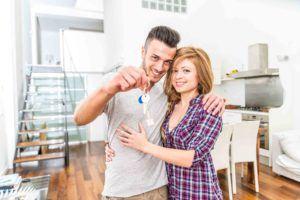 Ehepaar ist Wohungseigentümer